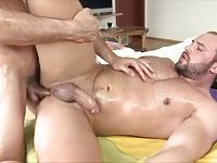 Straighty takes stiff masseur cock