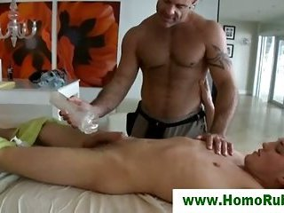 Straight guy gets fleshlight massage