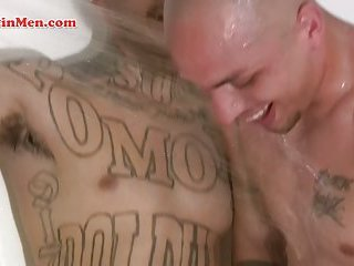 Bisexual Mexican men suck each other