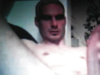 Straight guy wanking his awesum cock on cam