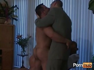 Gays threesome & anal stuffing with dildo