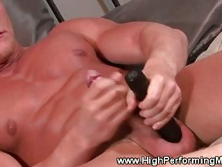Amateur muscle hunk masturbates then uses toy