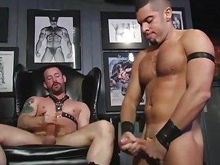 Naughty Guys In Tats Threeway Sucking & Fucking