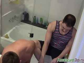 Showering amateurs jerk